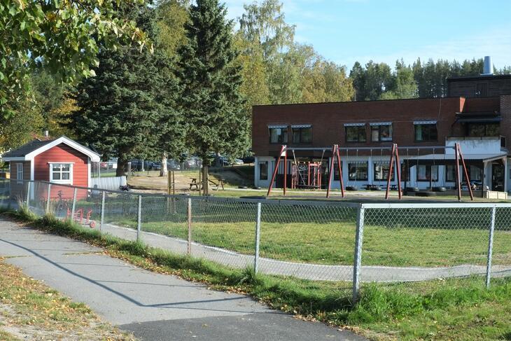 Sand barnehage, bygning og uteområde 1